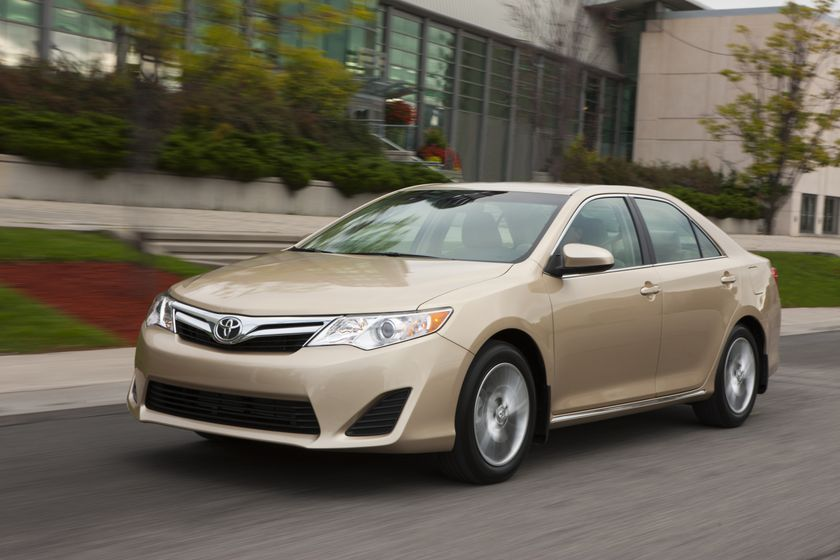 2012 Camry LE 02