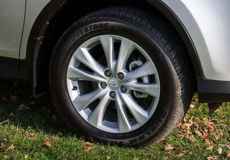 2013 Toyota RAV4-34