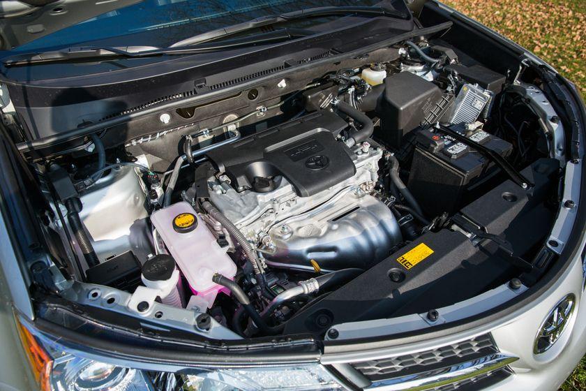 2013 Toyota RAV4-33