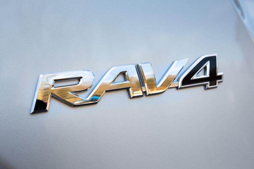 2013 Toyota RAV4-14