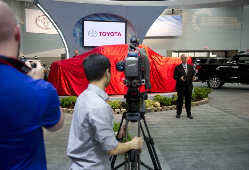 Toyota Tundra-027