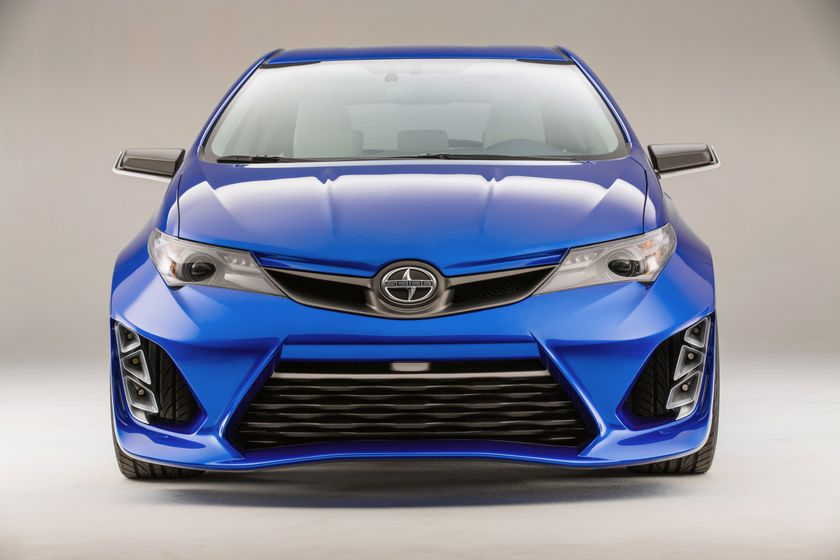 Scion iM Concept head on