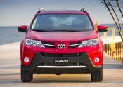 2015_Toyota_RAV4-7