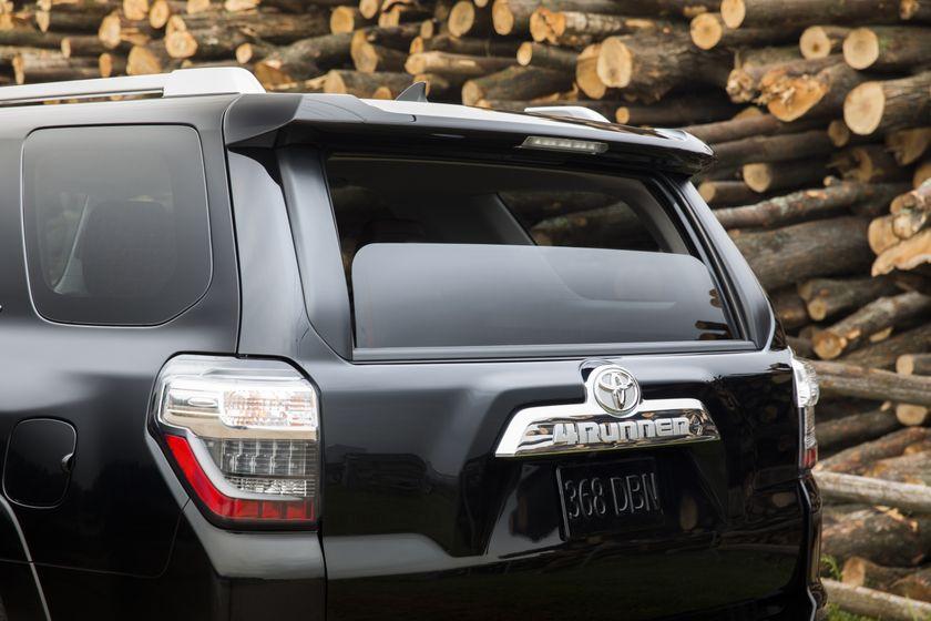 2014 Toyota 4Runner 23