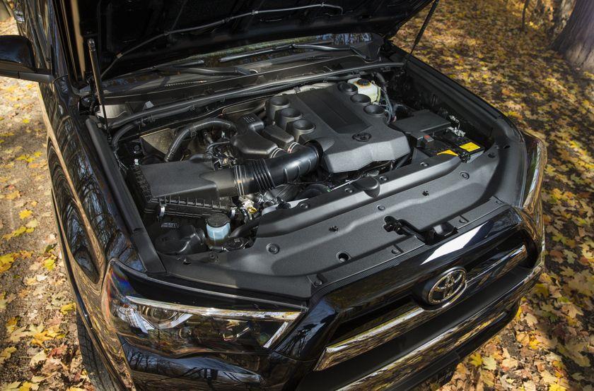 2014 Toyota 4Runner 24