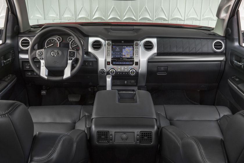 2014 Toyota Tundra Platinum 003