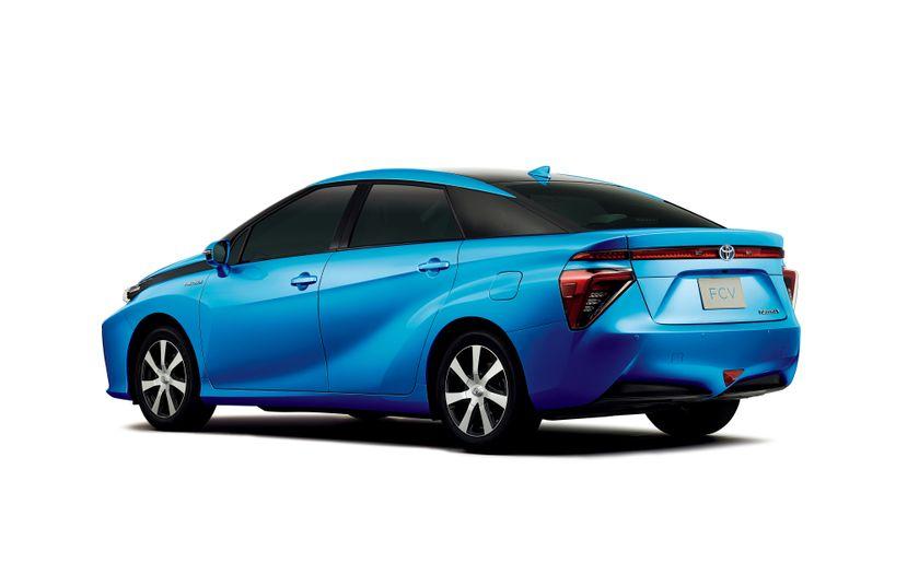 Toyota FCV 04