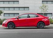 2015_Toyota_Corolla-2