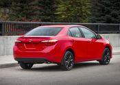 2015_Toyota_Corolla-8