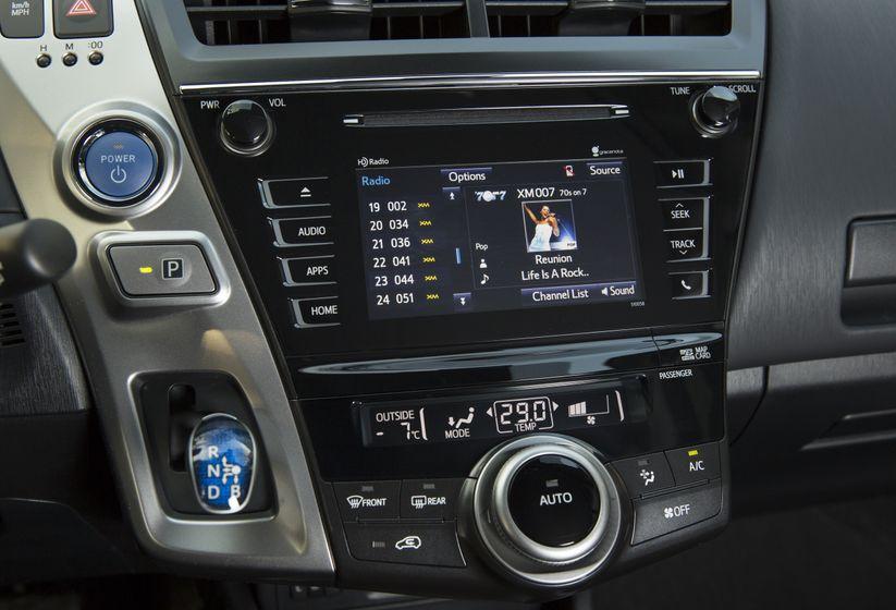 2015_Toyota_Prius_v-21