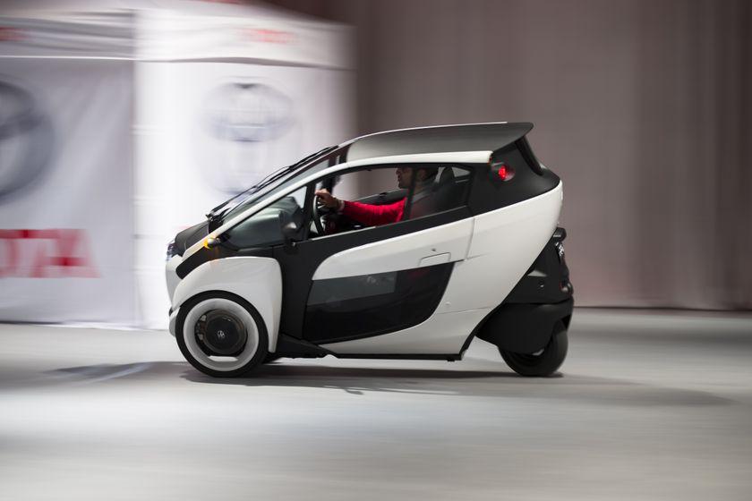 Toyota i-ROAD 7