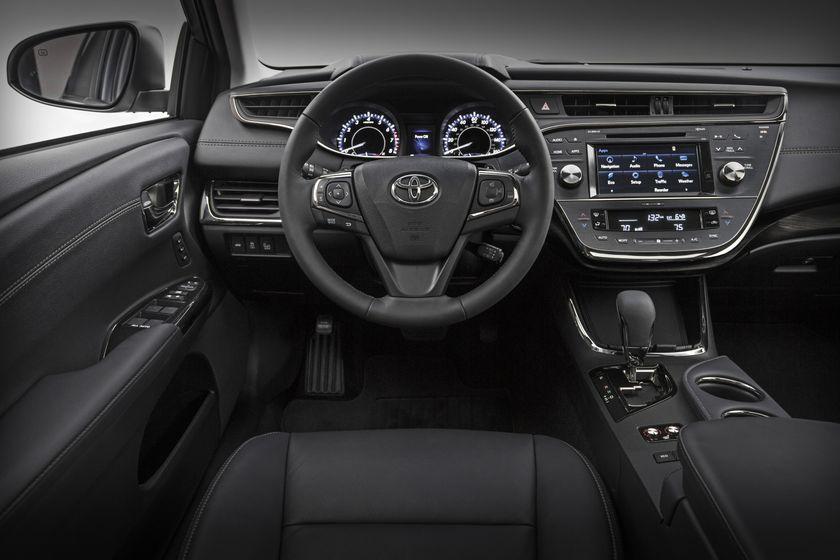 TMS-2015CAS_2016_Toyota_Avalon_003