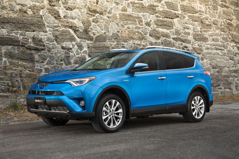 2016_Toyota_RAV4_Hybrid-6