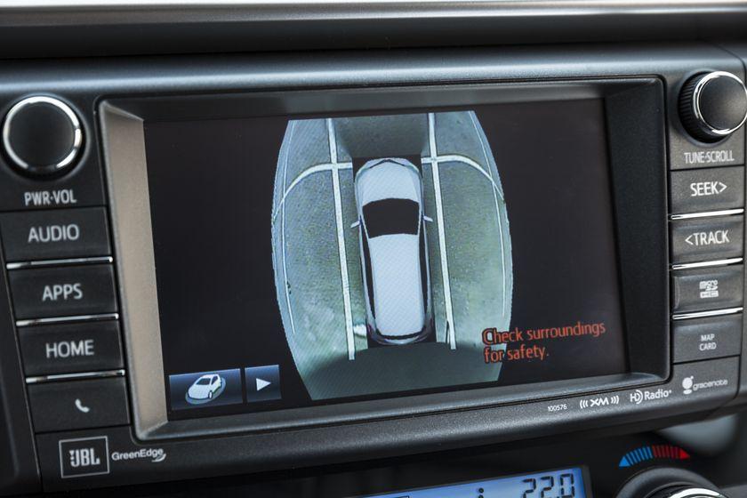 2016_Toyota_RAV4_Hybrid-27