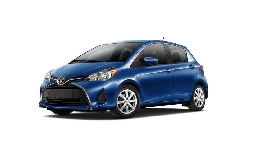 2015_Toyota_Yaris_003