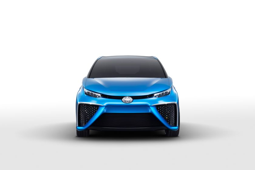 Toyota Fuel Cell Concept_017