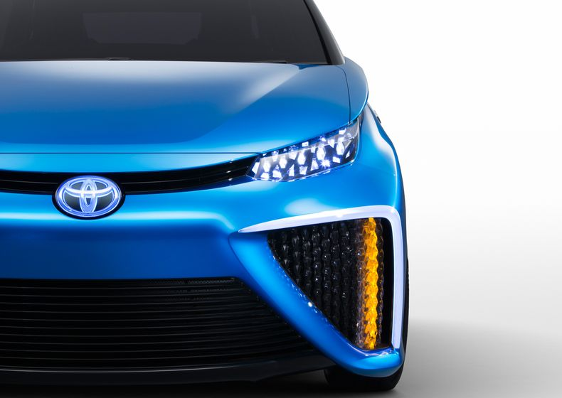 Toyota Fuel Cell Concept_019