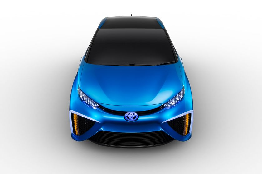 Toyota Fuel Cell Concept_020