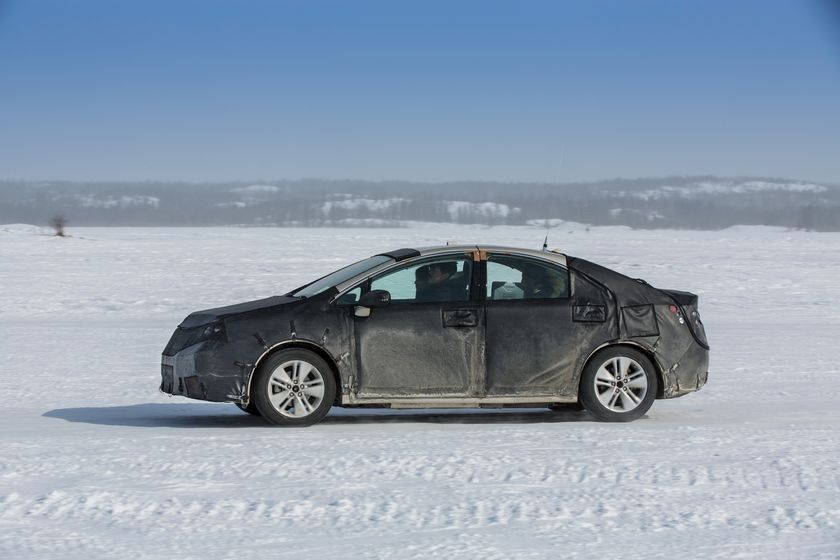 Toyota Fuel Cell Concept_Cold Weather Testing_004