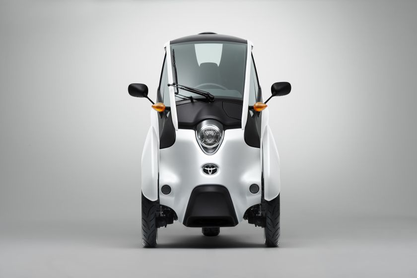 Toyota i-Road Concept_003