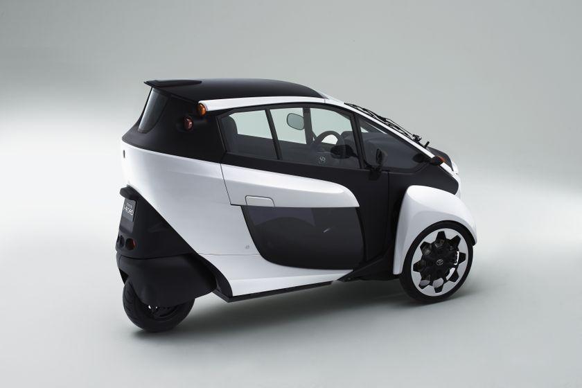 Toyota i-Road Concept_004