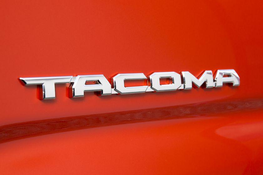 2016_Toyota_Tacoma-41