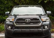 Toyota Tacoma SR5 06