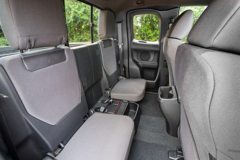 Toyota Tacoma SR5 16