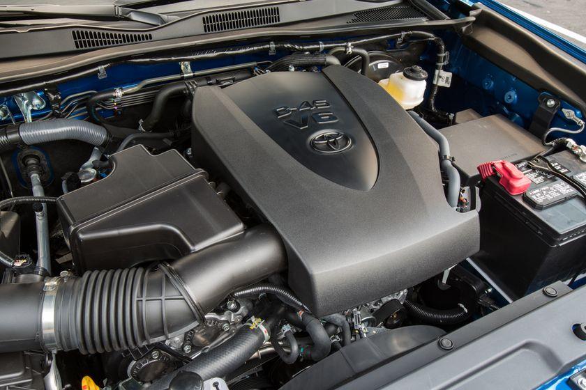 Toyota Tacoma SR5 18