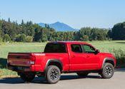 Toyota Tacoma TRD Off-Road 03