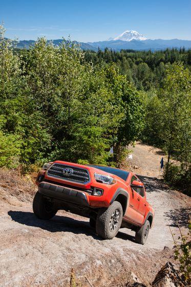 Toyota Tacoma TRD Off-Road 17