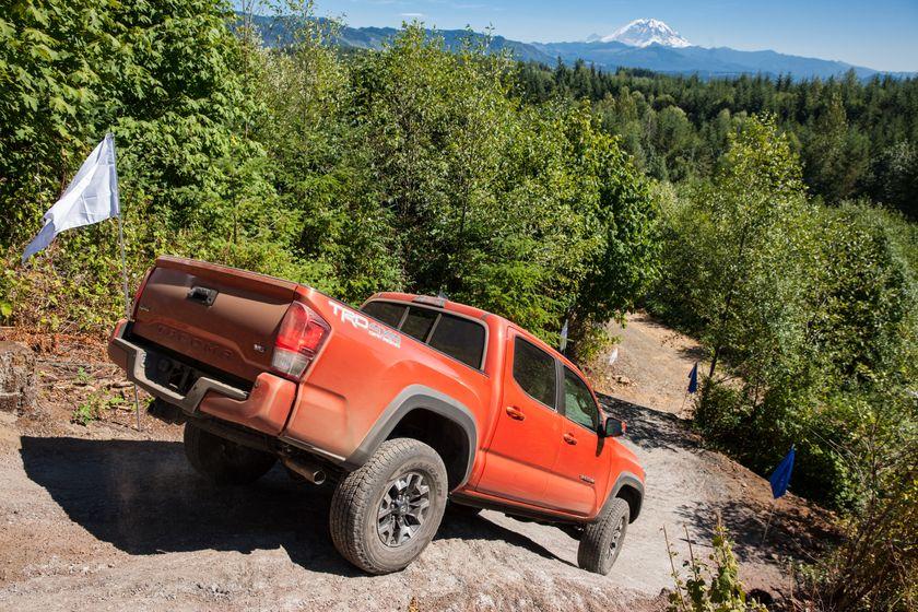 Toyota Tacoma TRD Off-Road 18