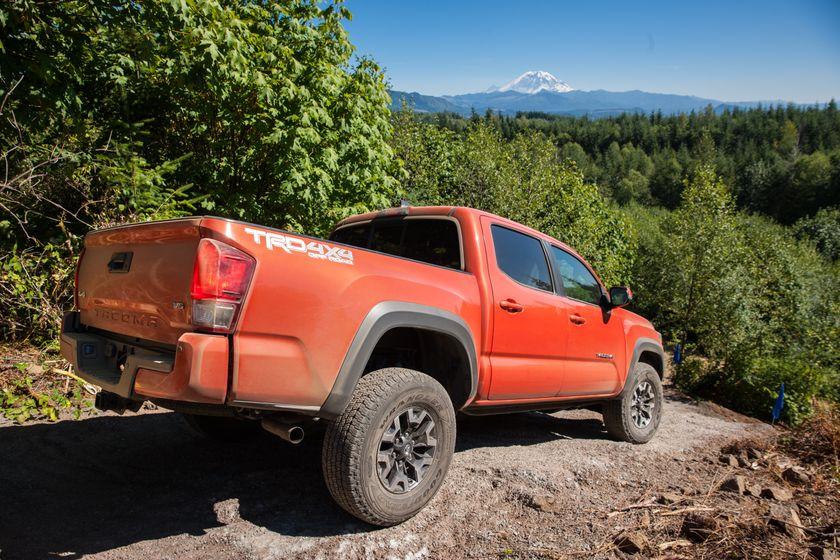 Toyota Tacoma TRD Off-Road 19