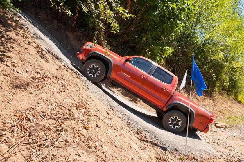 Toyota Tacoma TRD Off-Road 24