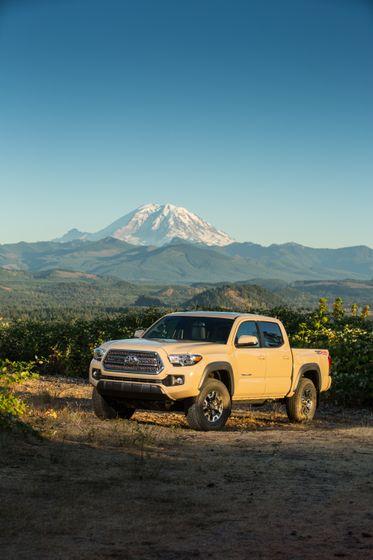 Toyota Tacoma TRD Off-Road 30
