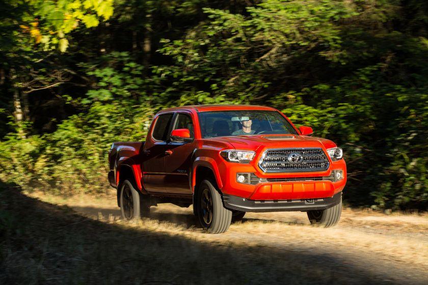 Toyota Tacoma TRD Sport 16