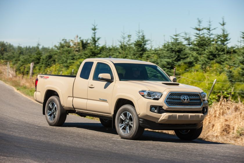 Meet your new best friend the 2017 toyota tacoma toyota canada toyota tacoma trd sport 25 sciox Images