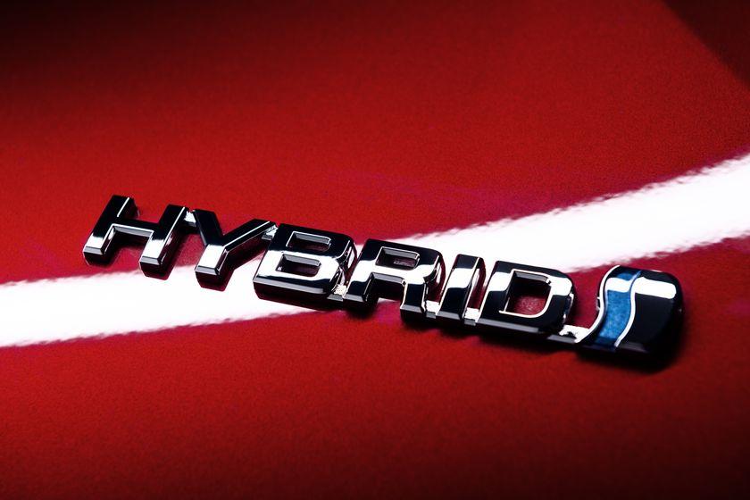 2016_Toyota_Prius_027