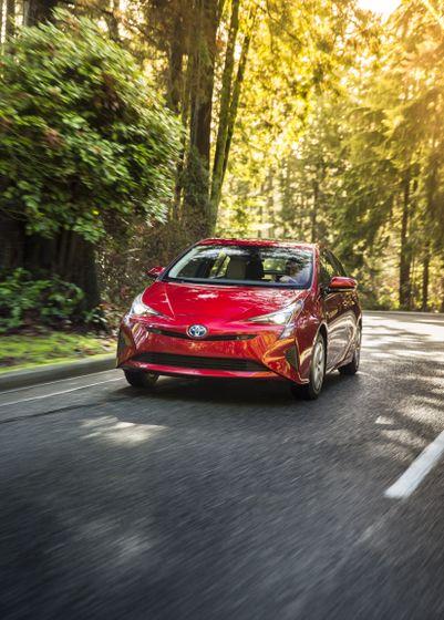 2016-2017 Toyota Prius Technology 4