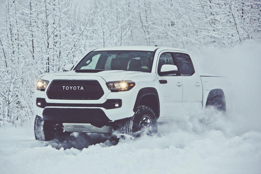 2017 Toyota Tacoma TRD 01