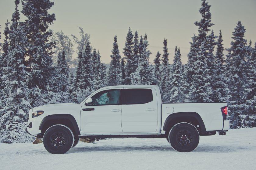 2017 Toyota Tacoma TRD 13