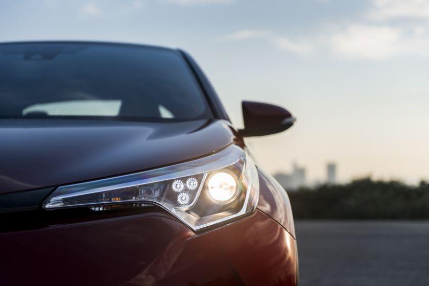 2018 Toyota C-HR_08