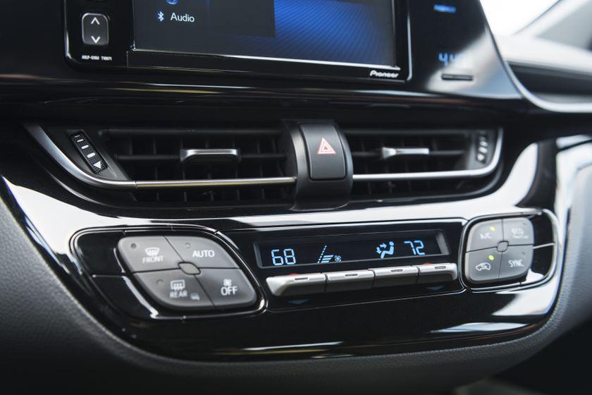 2018 Toyota C-HR_21