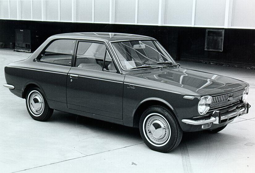1stGen_Corolla_1969_1970_