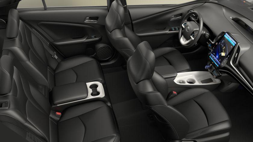 2017 Toyota Prius Prime 007