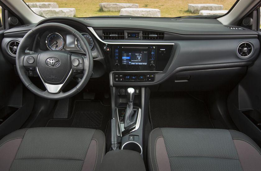 2017 Toyota Corolla LE - 021