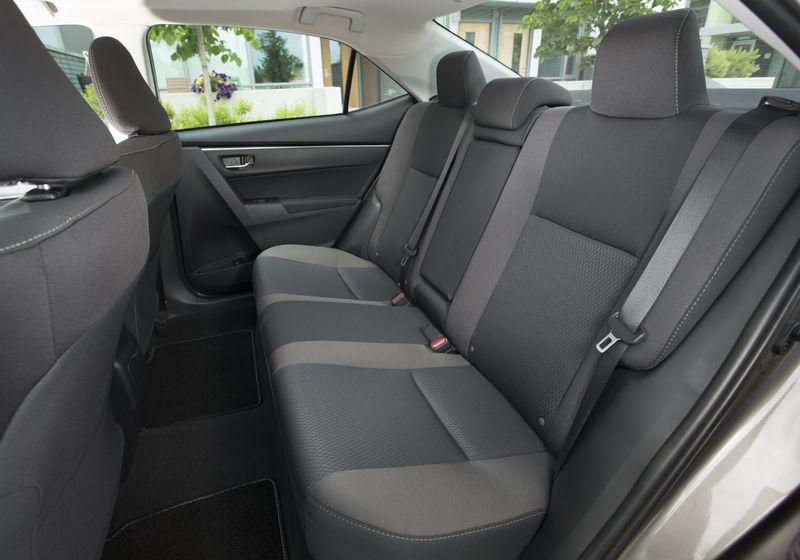 2017 Toyota Corolla LE - 029