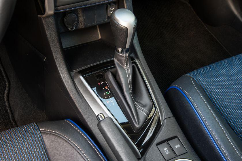 2017 Toyota Corolla SE - 014