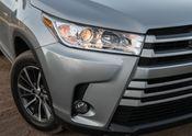 2017_Toyota_Highlander_XLE_AWD_017