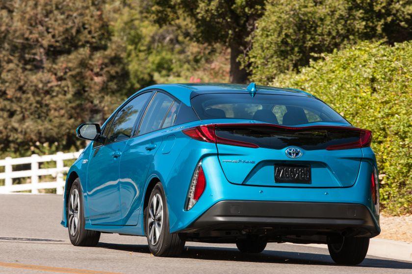 2017 Toyota Prius Prime Advanced 005